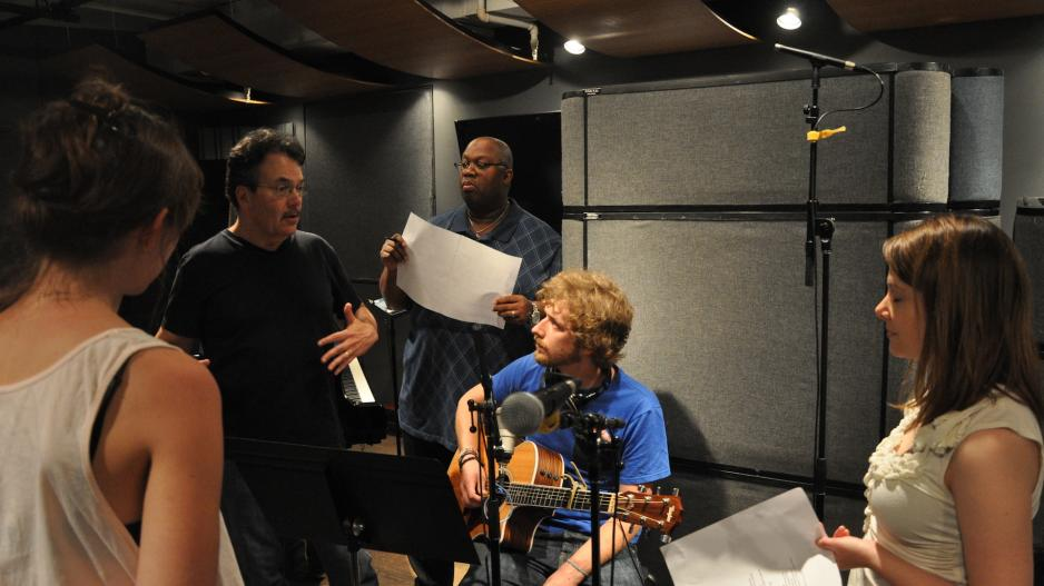 Barry Eastmond, Phil Galdston, and students in the recording studio.