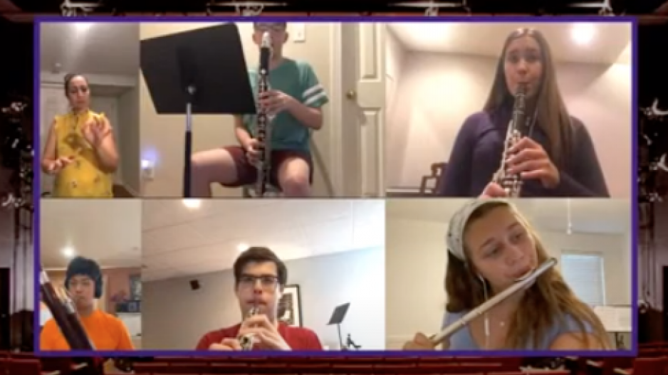 Screenshot of Summer Institute for Woodwind Studies students performing remotely