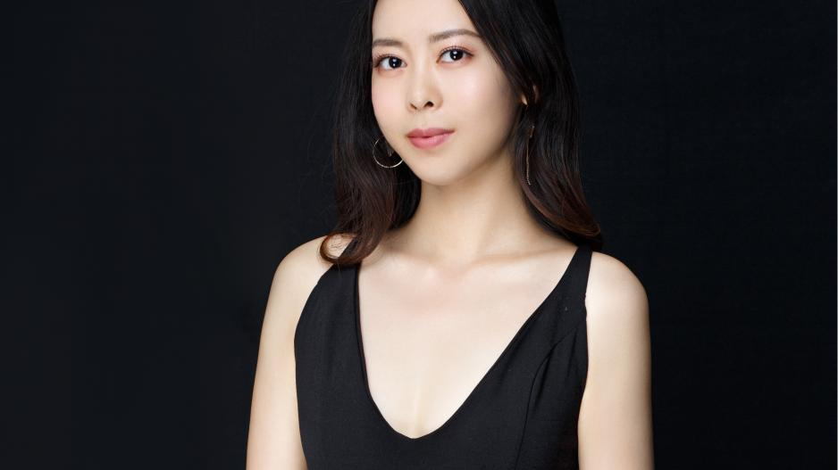 Headshot of Zihan Andrea Li