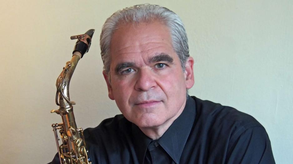 Lino Gomez and his saxophone